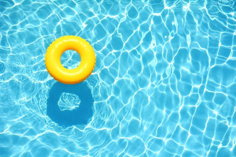Zastřešení bazénu kutil